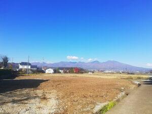 国道142号線からすぐ、浅間山や田園風景楽しむ土地【A区画】