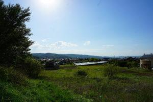 敷地から西側を望む。のびやかな気持ちの良い眺めです。 (外観)