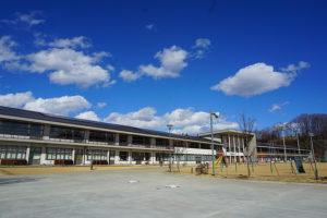 佐久穂小中学校まで約1800m(周辺)